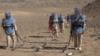 بانوان ماینروب بامیانی صدها هزار متر مربع زمین را ماینروبی کردند