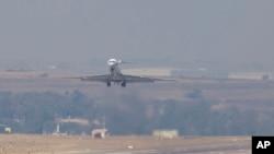 蘇丹總統巴希爾星期一(6月15日)﹐乘飛機離開南非回國。