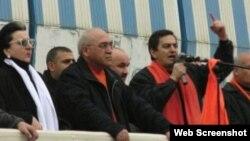 Əli Kərimli 2005-ci ildə mitinqdə çıxış edərkən