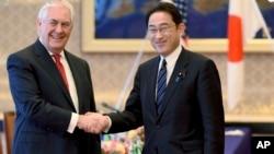 美国国务卿蒂勒森会面日本外务大臣岸田文雄