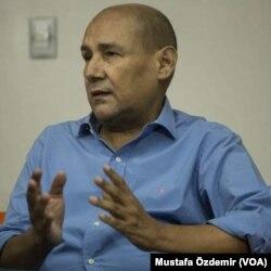 Özgürlüğe Bir Pencere örgütü başkanı Carlos Nieto