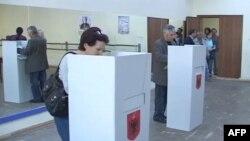 Vonesa të konsiderueshme në numërimin e votimeve bashkiake