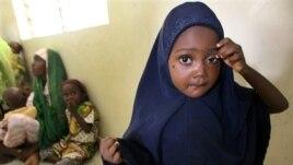 wata yarinya mai suna Niima Ahmed wadda polio ta gurgunta a Kano