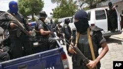 Policías antinarcóticos confiscaron en Nicaragua un cargamento de 1 millón de dólares que iban ocultos en la carrocería de un auto en la norteña ciudad de Ocotal. Foto AP