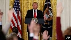 Tổng thống Donald Trump tại một cuộc họp báo.