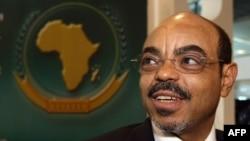 Ethiopian Prime Minister Meles Zenawi (2008 file photo)