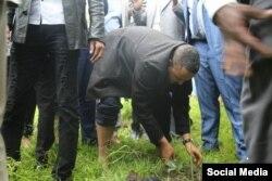 Daarekterii OMN Jawaar Mohaammad Jaagmaa Badhaanee yaadachuuf mana barumsa sadarkaa lammeessoo Ambootti yaadachuuf odaa dhaabe
