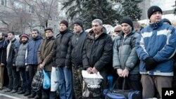 تبادله صدها زندانی میان شورشیان جدایی طلب طرفدار روسیه و اوکراین به مرحله نهایی رسیده است