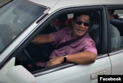 This recent Facebook photo shows Hun Sen at the wheel of a passenger vehicle. Usually, he's driven in a bulletproof SUV.