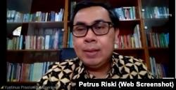 Staf Khusus Komunikasi Strategis, Menteri Keuangan RI, Yustinus Prastowo. (Foto: Screenshoot/ Petrus Riski-VOA)