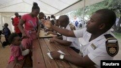 Uhulumende Wakwele South Africa Ukhuthaza Ukusebenzelana Labalamaphepha eSpecial Permits Asephelelwe Yisikhathi