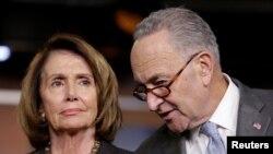 Temsilciler Meclisi azınlık lideri Nancy Pelosi ve Senato azınlık lideri Charles Schumer
