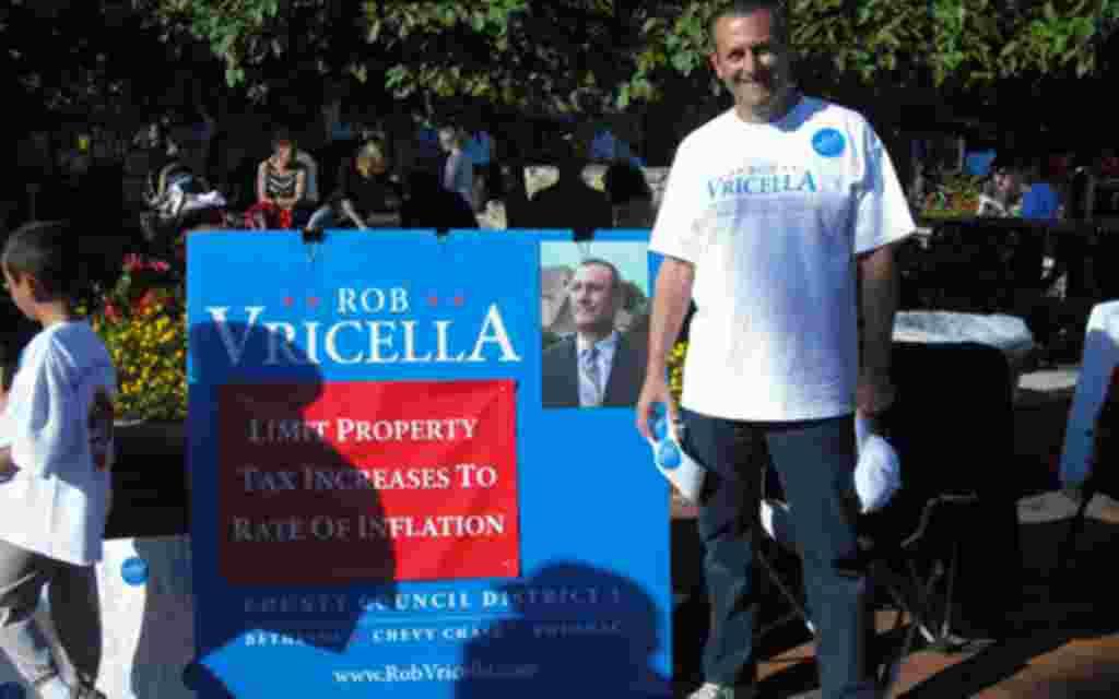 Los votantes salieron a la calle para mostrar sus preferencias.