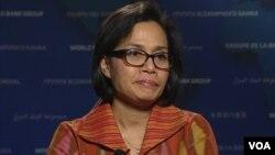 Direktur pengelola Bank Dunia, Sri Mulyani Indrawati dalam wawancara dengan VOA, Rabu (13/4).
