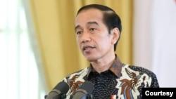 Presiden Jokowi di Istana Bogor, Jumat (15/1) mengakui perekonomian Indonesia masih dilanda krisis (biro Setpres).