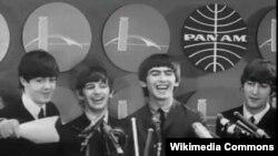 The Beatles a su llegada a Nueva York en 1964. De izquierda a derecha Paul McCartney, Ringo Starr, George Harrison y John Lennon.