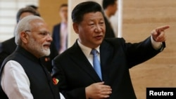 시진핑 중국 국가주석과 나렌드라 모디 인도 총리가 27일 중국 후베이성 우한에서 비공개 정상회담을 했다.