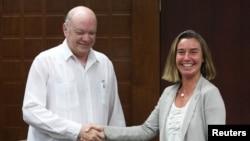 Федеріка Моґеріні перед зустріччю з міністром торгівлі та інвестицій Куби