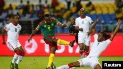 Le Cameroun et le Burkina Faso s'affrontent lors du premier match du groupe A à la phase finale de la CAN 2017 au stade de Franceville, Gabon 14 janvier 2017.