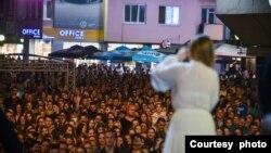 Koncert Jelene Tomašević na Trgu Krajine - fotografija preuzeta sa stranice Grada Banja Luka, 31.avgust 2021 godine
