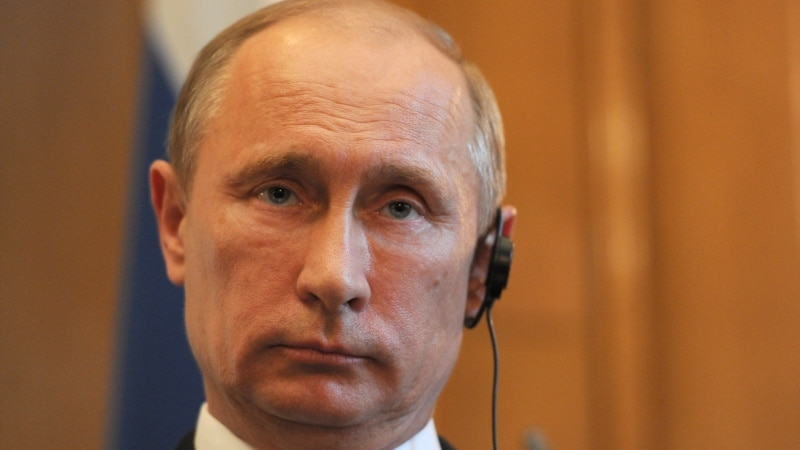 Putin Questions Why West Would Arm Syrian Rebels