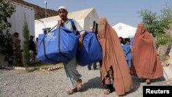 Pengungsi Afghanistan kembali dari Pakistan.