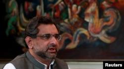 Shahid Khaqan Abbasi, PM Pakitsan na wucin gadi.