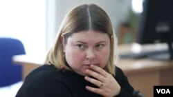 Kateryna Handziuk, aktivis anti korupsi Ukraina meninggal dalam usia 33 tahun, setelah tiga bulan sebelumnya diserang air keras.