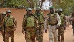 Mali: Fini tiguiw bina djihadit djekoulouw ka djan do kono, Boni ani Douentza tchie, VOA- Kassim Traore