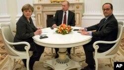 Ангела Меркель, Владимир Путин и Франсуа Олланд (архивное фото)
