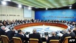 Các bộ trưởng quốc phòng NATO họp tại Brussels, 10/3/2011