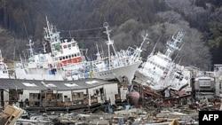 Cảnh tàn phá sau thiên tai ở Nhật Bản