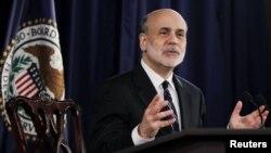 Gubernur Bank Sentral AS atau Federal Reserve, Ben Bernanke mengumumkan stimulus baru dengan pembelian sekuritas terkait sektor perumahan, Kamis 13/9 (foto: dok).