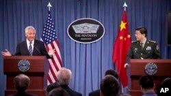 19일 미국 워싱턴에서 미-중 국방장관 회담이 열렸다.