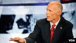 El gobernador republicano, Rick Scott, aseguró que el estado de Florida ya implementa programas para garantizar asistencia sanitaria a las familias más pobres y a todos los niños.