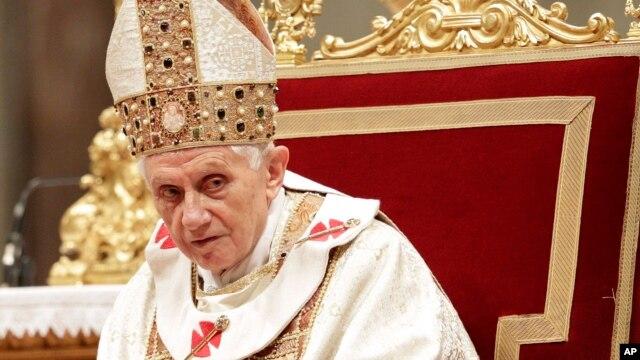 Papa Benedikt 16. vodio je misu u Crvkvi svetog Petra, u Rimu, u subotu 2. februara 20123.