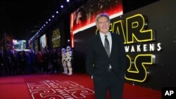 Harrison Ford saat tiba di pemutaran perdana film 'Star Wars: The Force Awakens ' di London, Desember 2015.