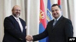 Šef UNMIK-a i srpski ministar unutrašnjih poslova tokom susreta u Beogradu