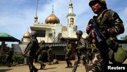 ဖိလစ္ပိုင္ ႏိုင္ငံ Marawi ေဒသကို အစိုးရတပ္ လံုျခံဳေရး ယူထားစဥ္။