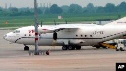 Самолет Ан-12. Аналогичный самолет разбился в Иркутске