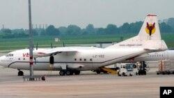 4일 남수단에서 추락한 것으로 알려진 러시아제 수송기와 같은 기종인 안토노프 An-12 수송기. (자료사진)
