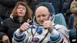 Astronaut Scott Kelly nakon povratka na Zemlju u martu 2016.