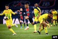 یورپ کی فٹ بال ایسوسی ایشن نے سپر لیگ منصوبے کی مخالفت کی ہے۔ (فائل فوٹو)
