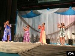 Nampa abathuli enkundleni eHillbrow Theater