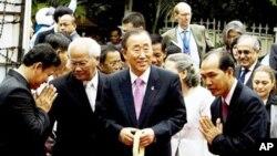 U.N. Secretary-General Ban Ki-moon, center, tours Tuol Sleng Genocide Museum in Phnom Penh, on Thursday.