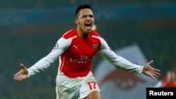 Arsenal's Alexis Sanchez celebrates after scoring a goal against Borussia Dortmund