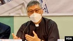 天主教香港教區候任主教周守仁表示,以同理心與年輕人對話相當重要,他又認為國安法之下仍然要給予學生思想空間 (美國之音湯惠芸)