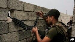 İraq xüsusi təyinatlı qüvvələrin əsgəri Mosul azad edilməsi uğrunda gedən döyüşlərdə iştirak edir