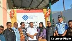 Peresmian kantor LTSA P2TKI di Kupang (Foto courtesy: Dr Reyna Usman)