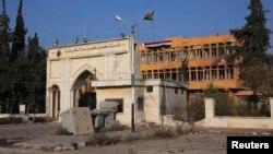 Sebuah pabrik kabel di luar Aleppo berhasil direbut oleh pemberontak Suriah yang didukung oleh militan Hizbullah Lebanon (17/11).